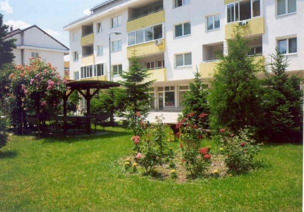Foca - dvorista i terase