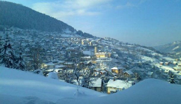 Čajniče pod snijegom