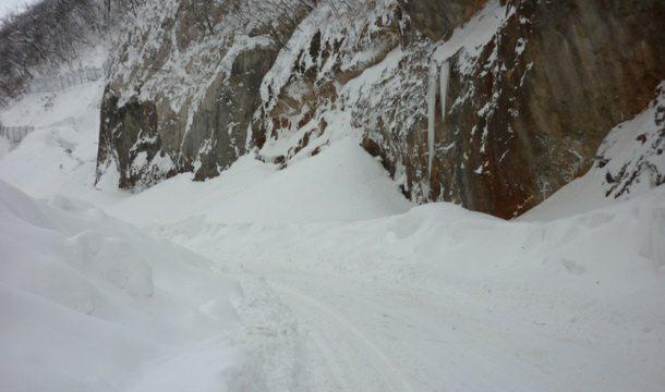 Snijeg na putu u Foči