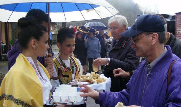 Turisti dočekani hljebom, solju i rakijom