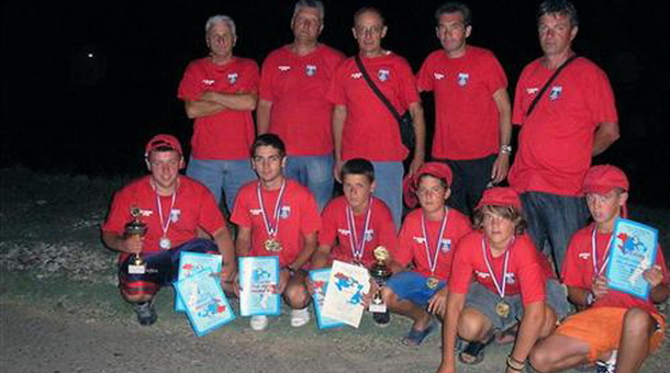Екипа јуниора Сортско-риболовачког друштва Младица из Фоче