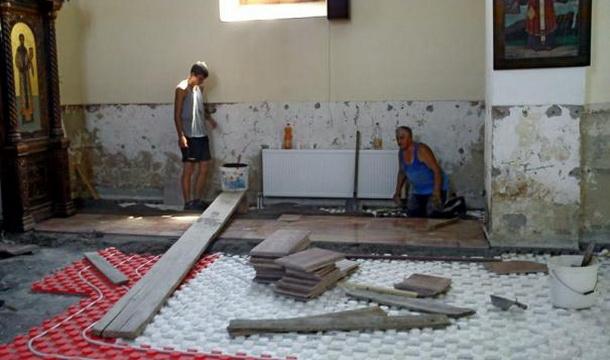 Crkva Višegrad - radovi na podu