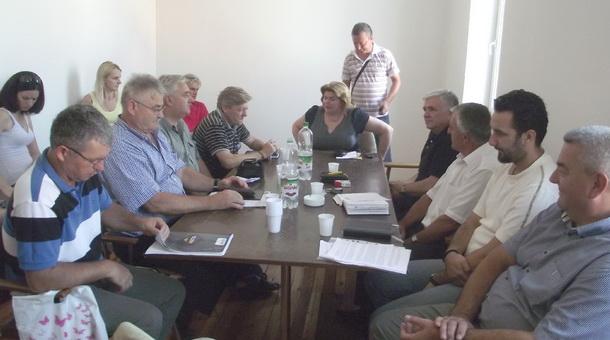 Sastanak sa predstavnicima 13 političkih subjekata
