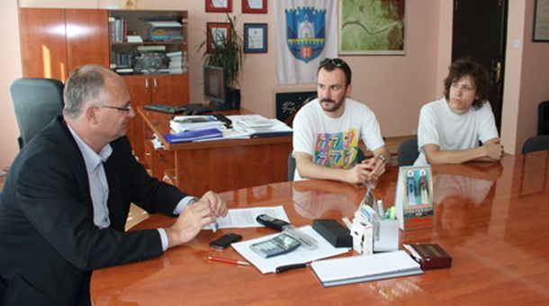 Popović primio umjetnike iz Beograda