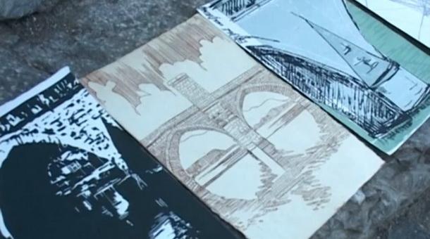 Slika knjige na kamenu