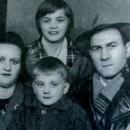 Dragiša Nedović sa porodicom