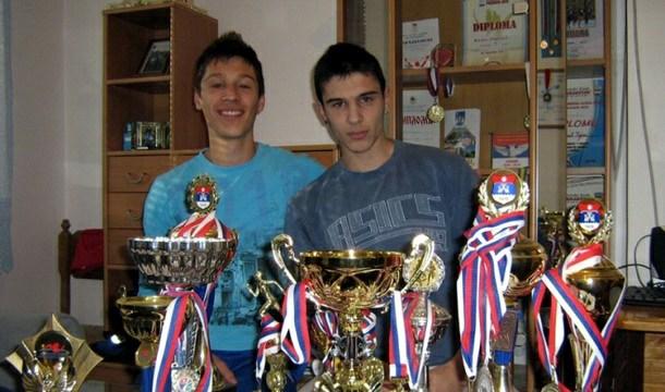 Atletičari Boris i Bojan Stanišić