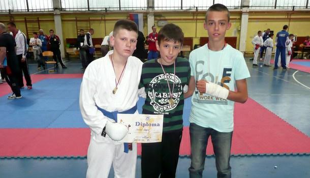 Mladi karatisti Drine u Doboju
