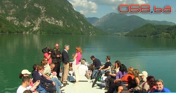 Krstarenje Drinom