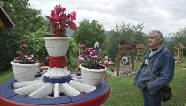 Brane Grujić-dvorište