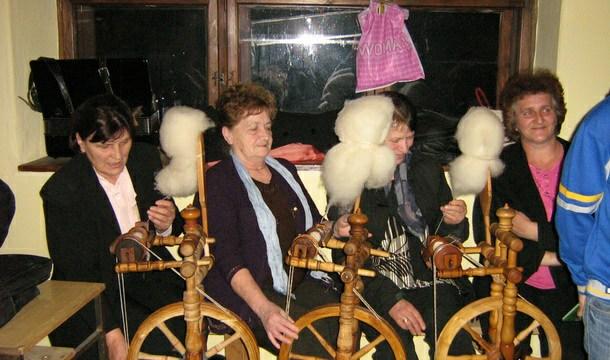 Rogatica-prilika i za zaradu žena od rukotvorina