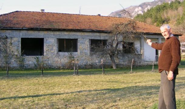 Škola u Veletovu
