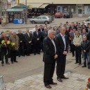 Polaganje cvijeća za Mitrovdan