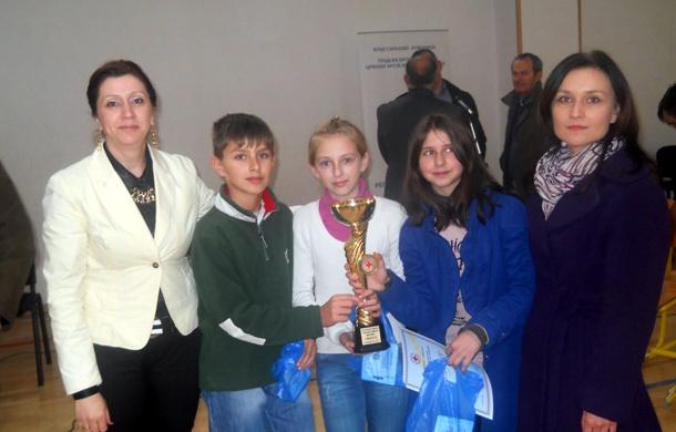 Osnovci iz Rogatice - takmičenje Crveni krst