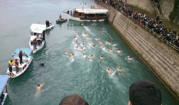 Plivanje za krst 2014