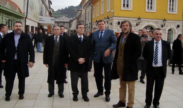 Koštunica i Dodik u Andrićgradu