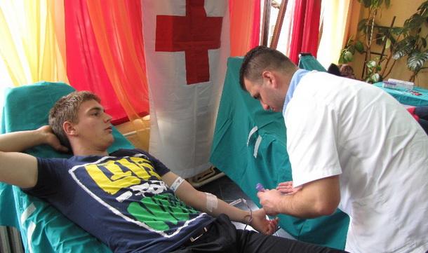 Darivanje krvi - maturant