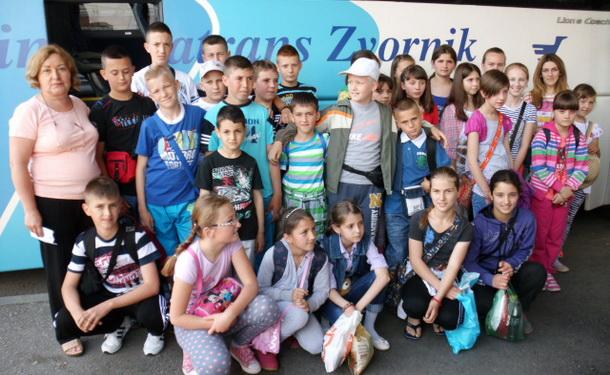 Djeca iz Rogatica putuju u Kumbor