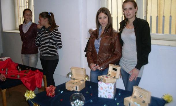 Izložba učenika u Foči