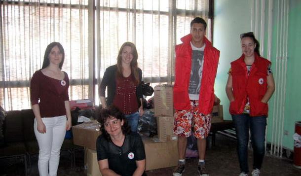 Pomoć omladine za poplave iz Čajniča