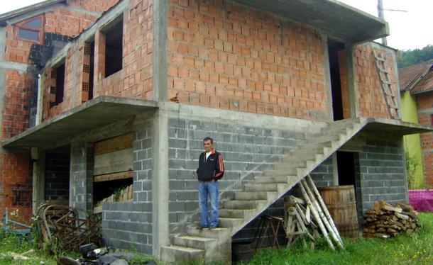11 kuća u Foči