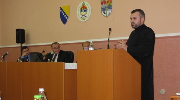 Sveštenik Željko Lubarda