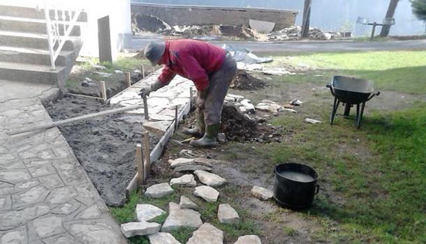Renoviranje hrama u Cajnicu