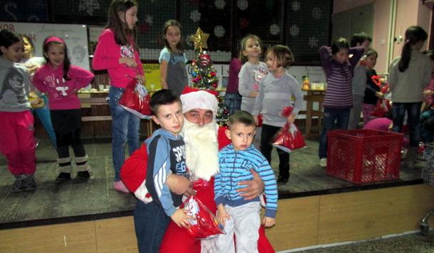 KUD Bikavac - Deda Mraz