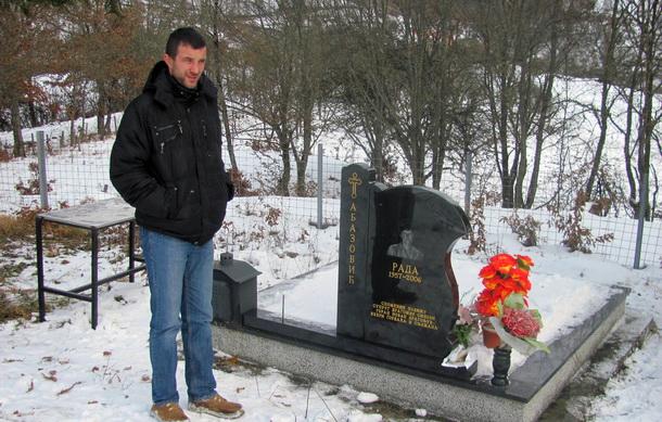 Spomenik Rade Abazovic