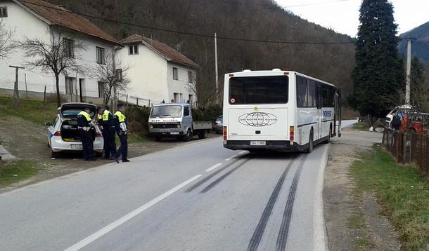 Autobus udario zenu u Foci