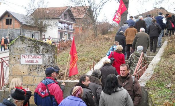Partizansko groblje u Rudom