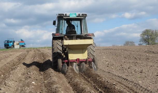 Rogatica-sjetva krompira Agrosa  na Sjeversku, 1.