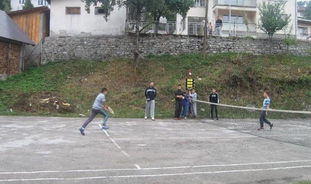 Tenis u Cajcnicu