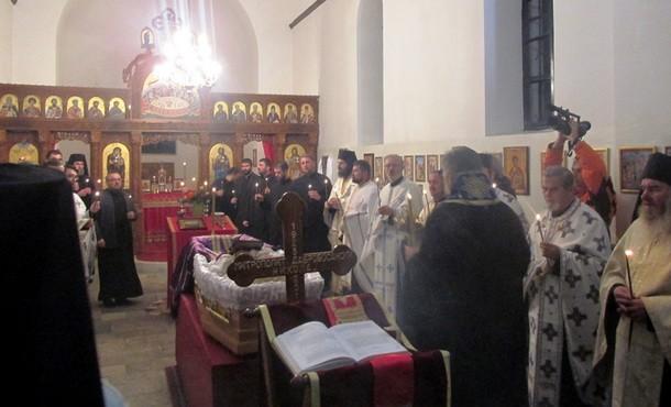 Mitropolit Nikolaj u Dobrunu