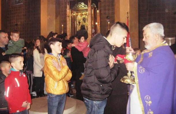 Djeca post u Cajnicu (1)