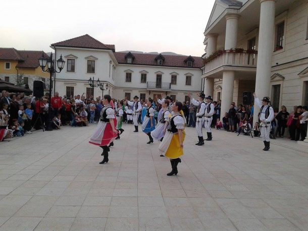 folklor-u-andricgradu