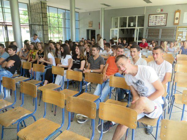 diplome-srednjoskolcima-u-rogatici-3