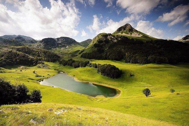 Orlovacko jezero na Zelengori
